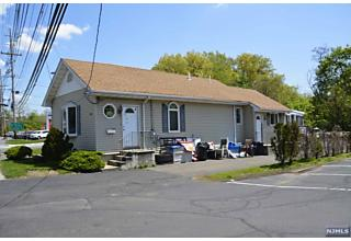 Photo of 995 Goffle Road Hawthorne, NJ