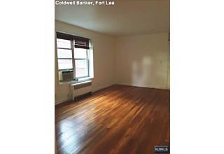 Photo of 2320 Linwood Avenue Fort Lee, NJ