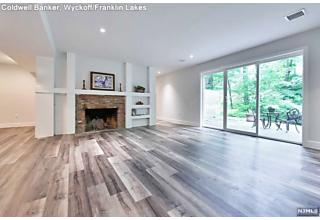 Photo of 90 Locust Lane Upper Saddle River, NJ