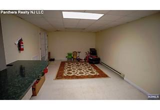 Photo of 23 Malcolm Place Mahwah, NJ