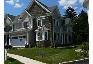 Photo of 9 Park View Dr Warren, NJ 07059