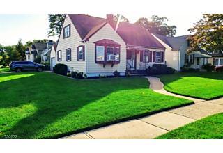 Photo of 2101 Summit Terrace Linden, NJ 07036