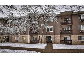 Photo of 114 Federal Hill Rd Pompton Lakes, NJ 07442