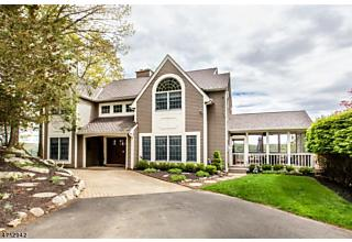 Photo of 27 Golfview Ter Sparta, NJ 07871