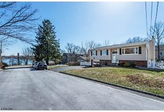 Photo of 11 Atlantic Dr Parsippany-troy Hills Tw, NJ 07054