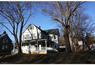 Photo of 10 Hillcrest Ave Gladstone, NJ 07934