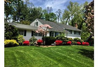 Photo of 8 Abby Rd Morris Township, NJ 07960