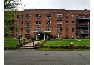 Photo of 5 Oakdale Manor Suffern, NY 10901
