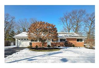Photo of 11 Tyndall Road Kendall Park, NJ 08824