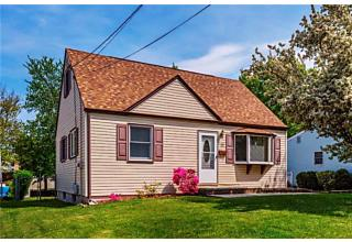 Photo of 32 Northfield Avenue East Brunswick, NJ 08816