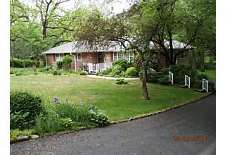 Photo of 146 East Valley Brook Rd Washington Township, NJ 07853