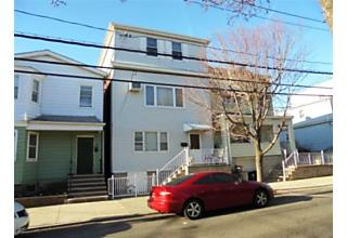 Photo of 34 East 16th Street Bayonne, NJ 07002