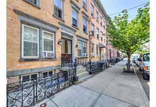 Photo of 349 7th St, Unit 3r Jersey City, NJ 07302