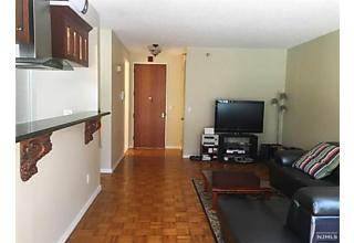 Photo of 100 Winston Drive, Unit 1hs Cliffside Park, NJ 07010