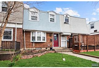 Photo of 314 Stevens Avenue Jersey City, NJ 07305