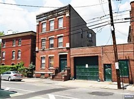 Photo of 67 Mcwhorter Street Newark, NJ 07105