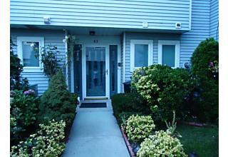 Photo of 83 Commodore Drive Staten Island, NY 10309