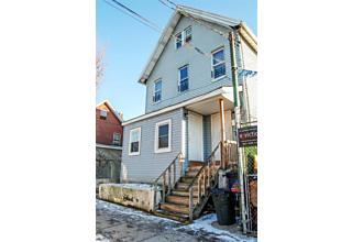 Photo of 688 Henderson Avenue Staten Island, NY 10310