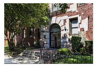 Photo of 2515 Glenwood Rd Brooklyn, NY 11210
