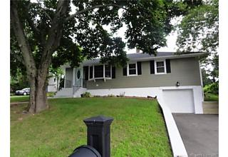 Photo of 36 Whitecroft Lane Waterbury, CT 06705