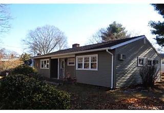 Photo of 377 Ferndale Avenue Stratford, CT 06614